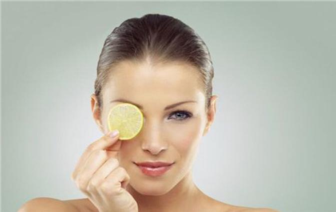 干性皮肤秋季如何摆脱干燥?