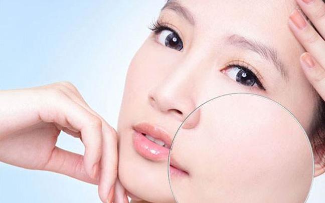 皮肤粗糙毛孔大怎么办?这些方法教你塑造光滑肌肤