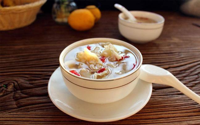 冬天皮肤干燥喝什么汤?这些汤比面膜更有效
