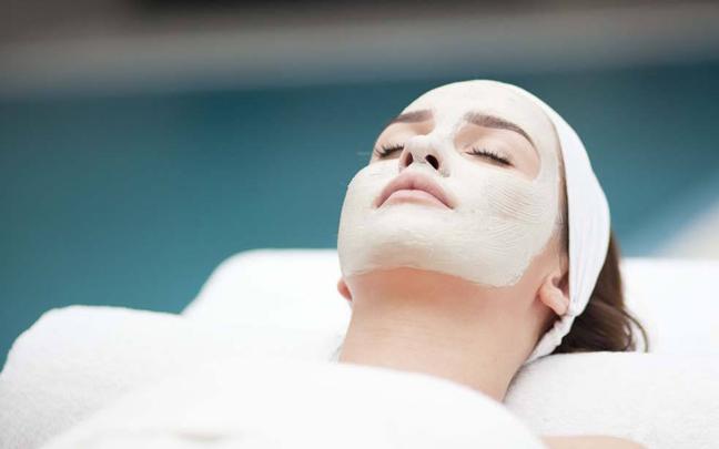 皮肤粗糙缺水,不是你的护肤品不好,是你没做到这4点
